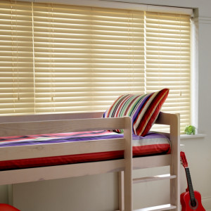 Painted-Cream-Wooden-Venetian-Blinds