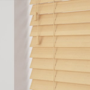 Pine Wooden Venetian Blinds With Cords