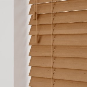 Light Oak Wooden Venetian Blinds With Cords